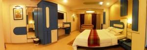RoomBlueDoor_zps7b54b259_w